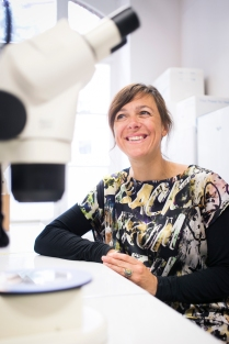 Karine Van Doninck, Faculté des sciences./. Photo : Geoffroy LIBERT / UNamur - TOUS DROITS RESERVES - ALL RIGHTS RESERVED - MENTION DE L'AUTEUR OBLIGATOIRE Tel : +32/477.47.61.25 - gl@produpress.be